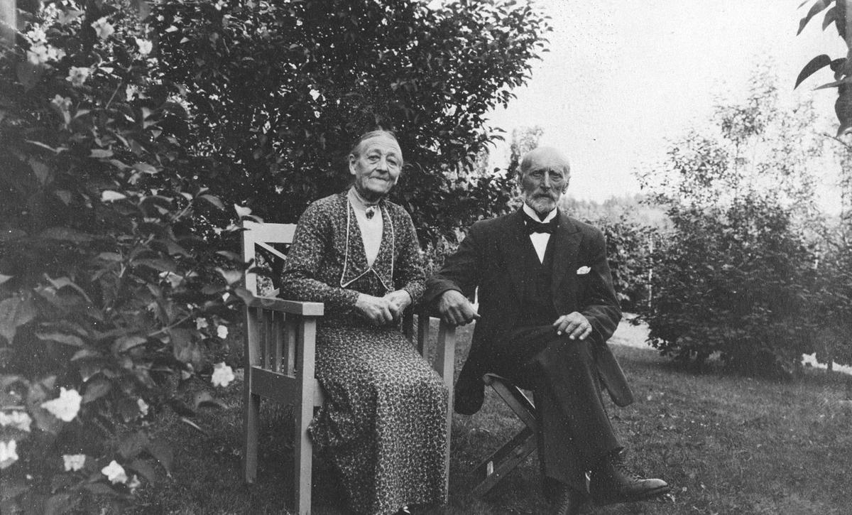 Martin Olsen Ihlaug og Marte Marie Ihlaug.