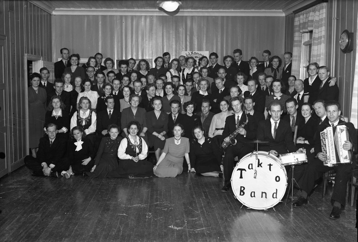 Takto Band.