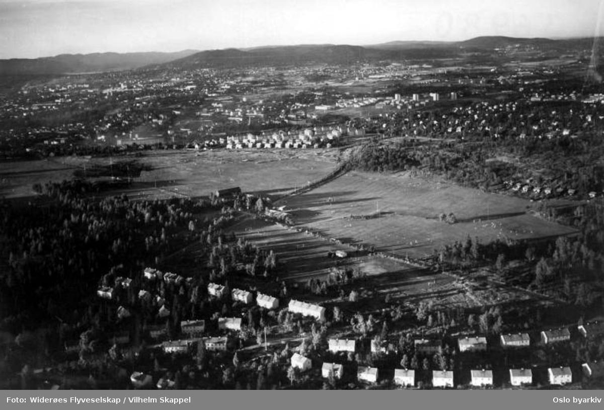 Ekebergsletta, Stamhusveien, Ekebergveien, Holtet hageby, Brannfjellveien, Jomfrubråten (Flyfoto)