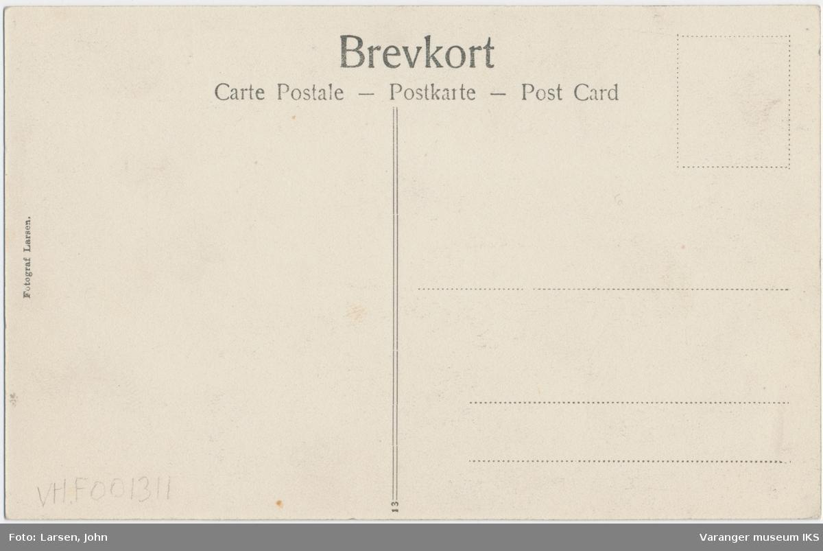 Postkort, Strandgata sett mot sør, antatt 17. mai