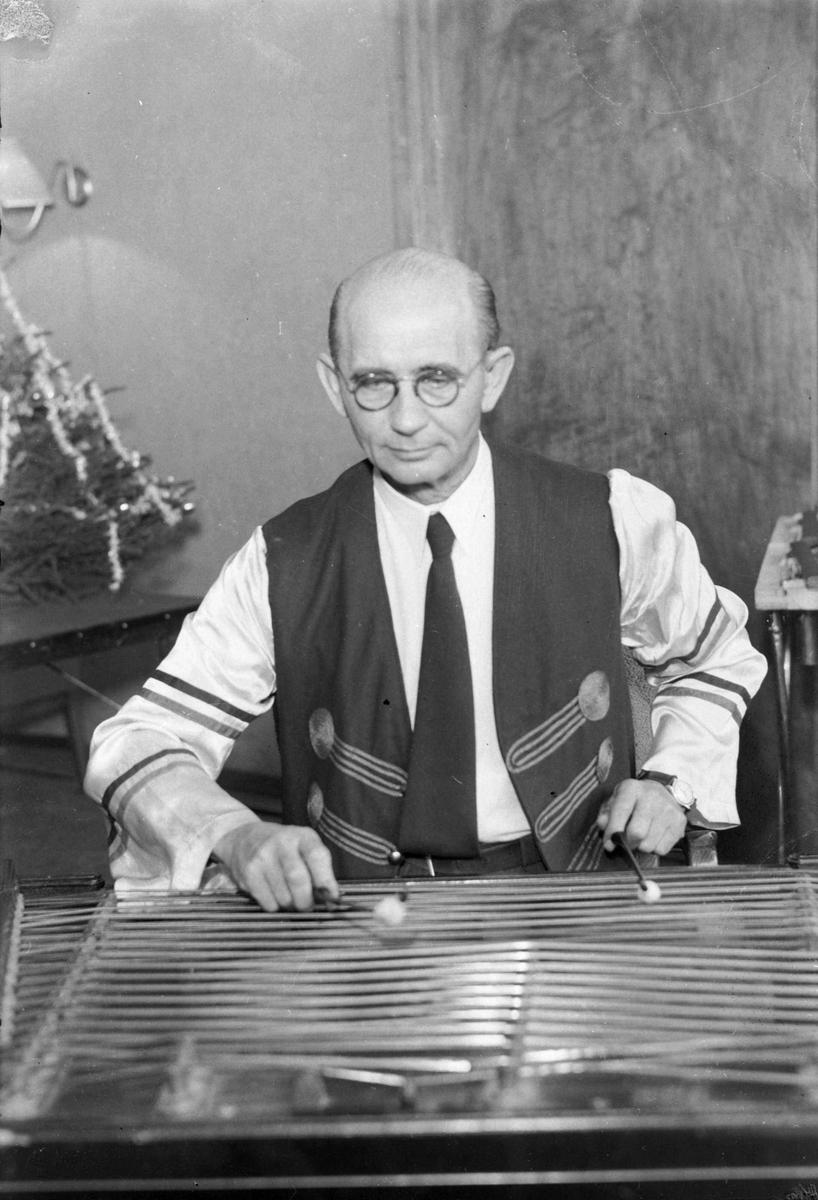 Cimbalisten Sandor Sipas på Astoria