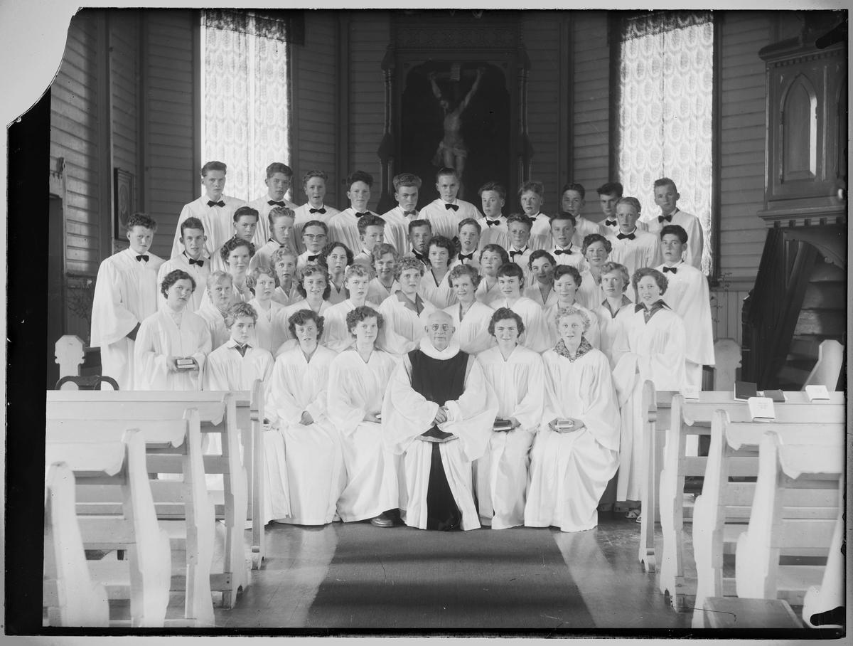 Konfirmanter i Ålen kirke 1957