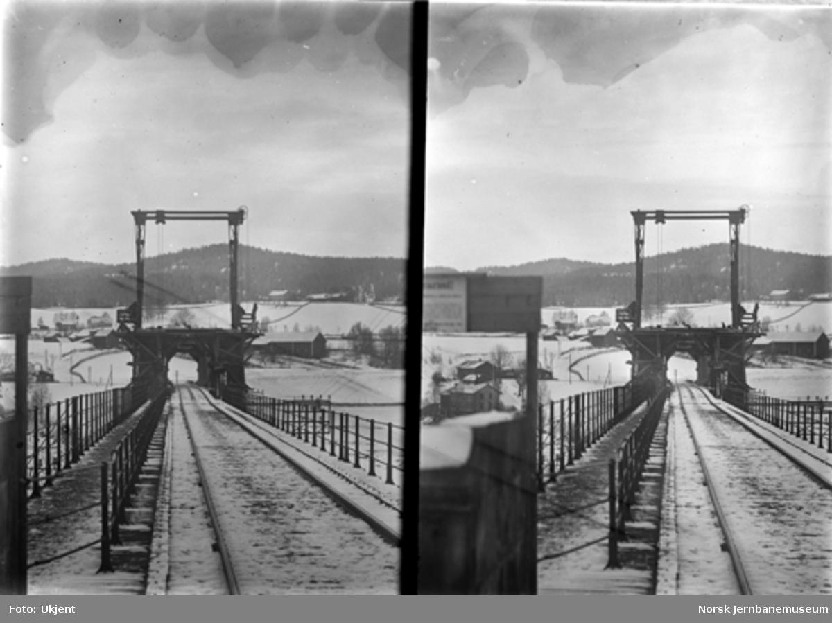 Ombygging Minnesund bru : sporet over brua sett fra vestsiden