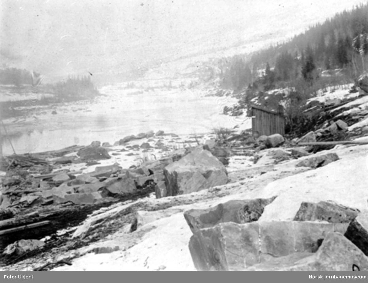 Hamar-Selbanens anlegg; brustedet for bru over Lågen ved Langsveen