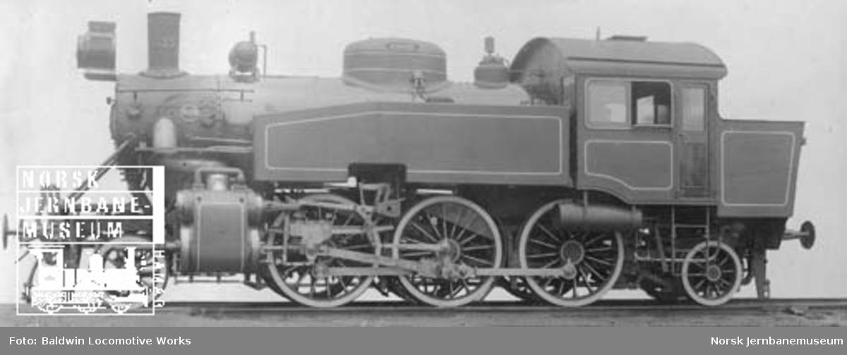 Leveransefoto av damplokomotiv type 32b nr. 333