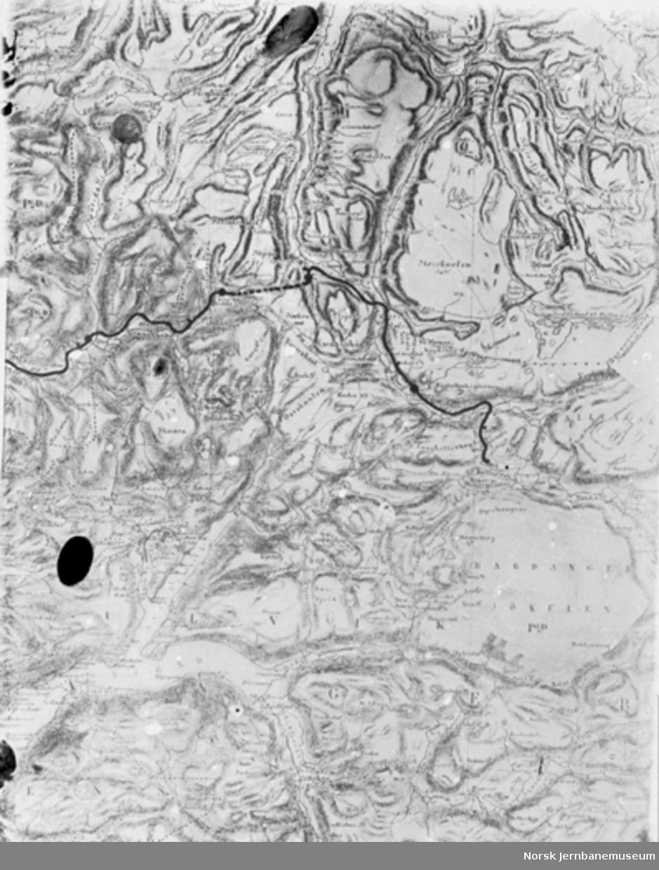 Amtskartet med Bergensbanens trase fra Raundalen til Taugevann inntegnet