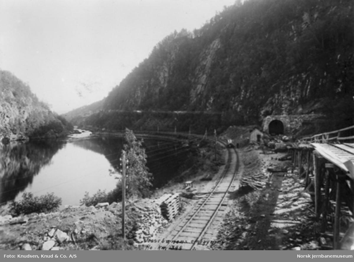 Vossebanens partielle ombygging : innslag til ny Ho tunnel km 398,0