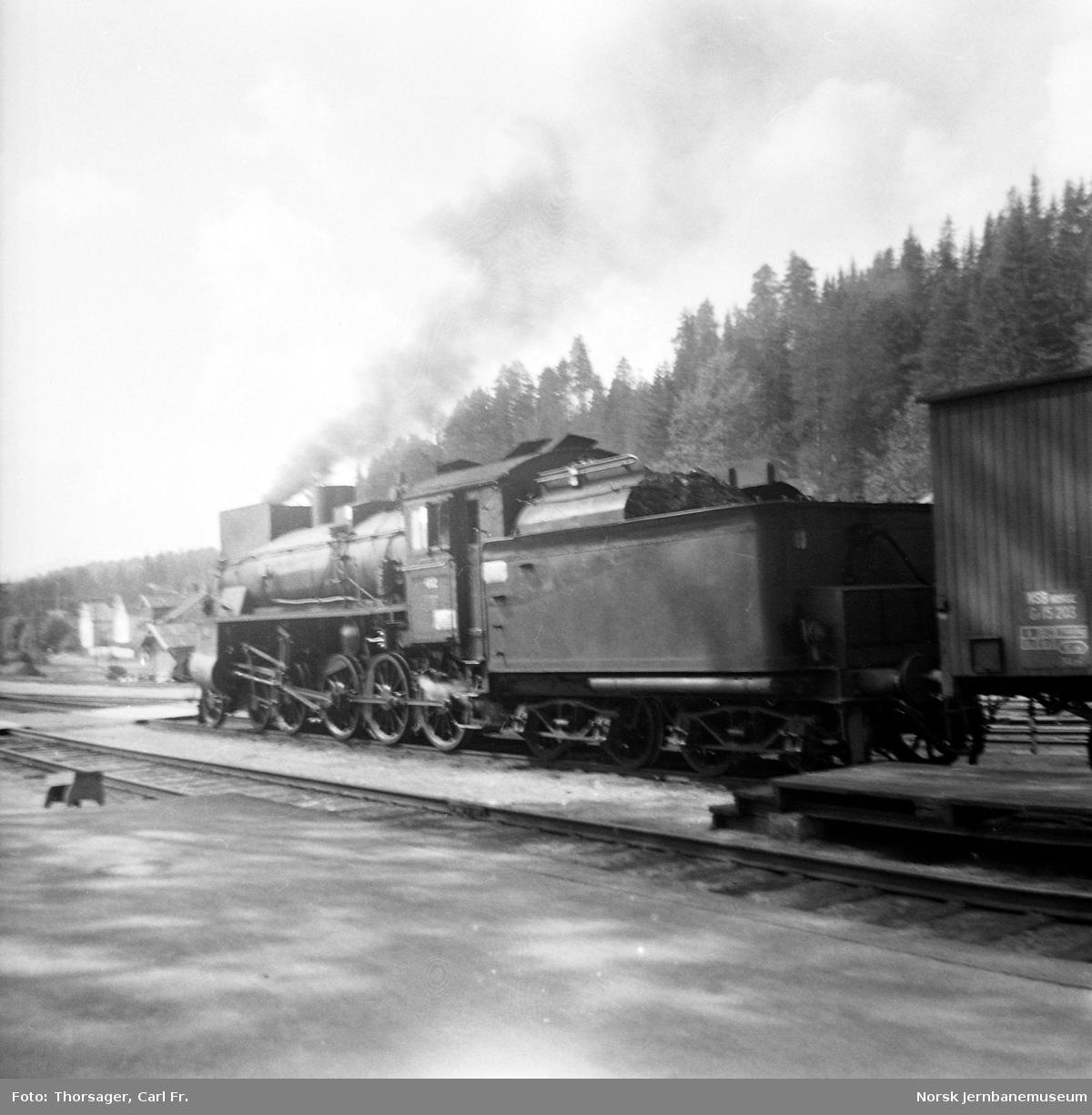 Damplokomotiv type 26c nr. 412 på Rena stasjon