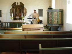 1. påskedag i Borge kirke, Østfold, 23.03.2008. Presten, kle