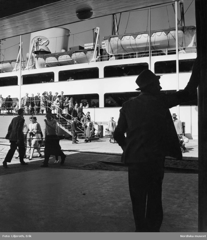 Passagerarfartyg i Malmö hamn