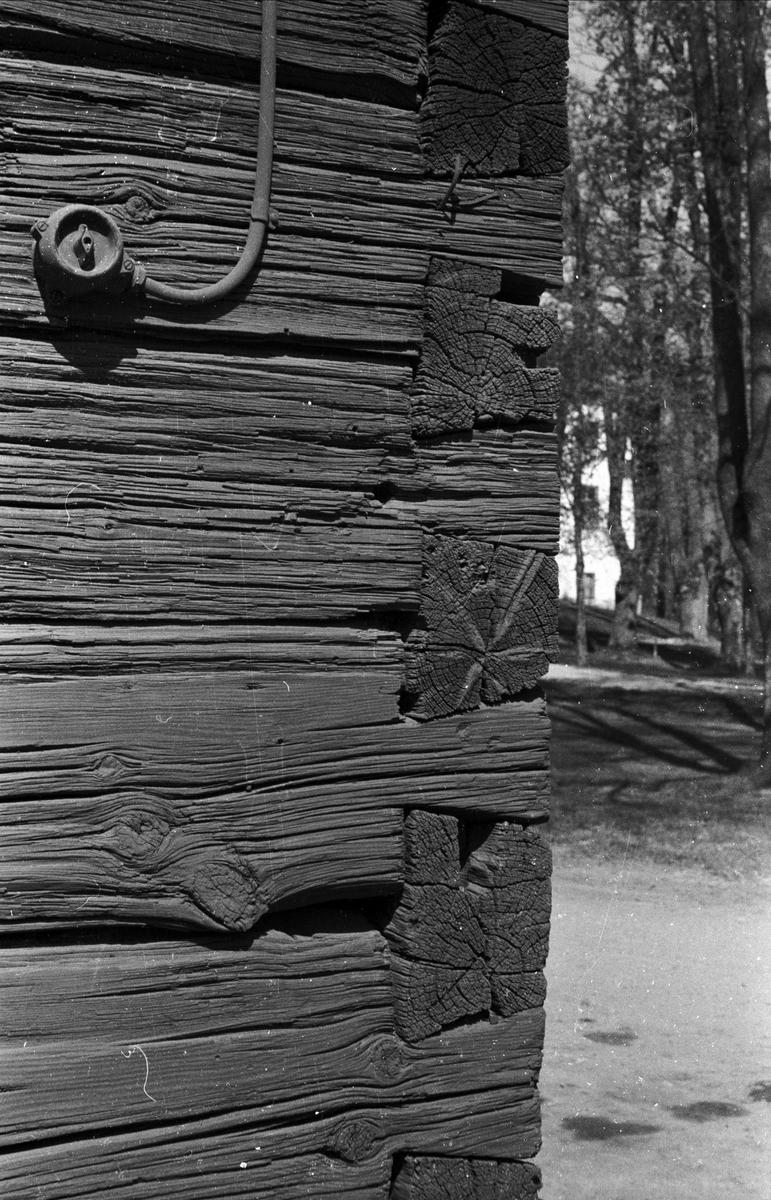 Maskinhall, Sätuna gård, Björklinge socken, Uppland 1976