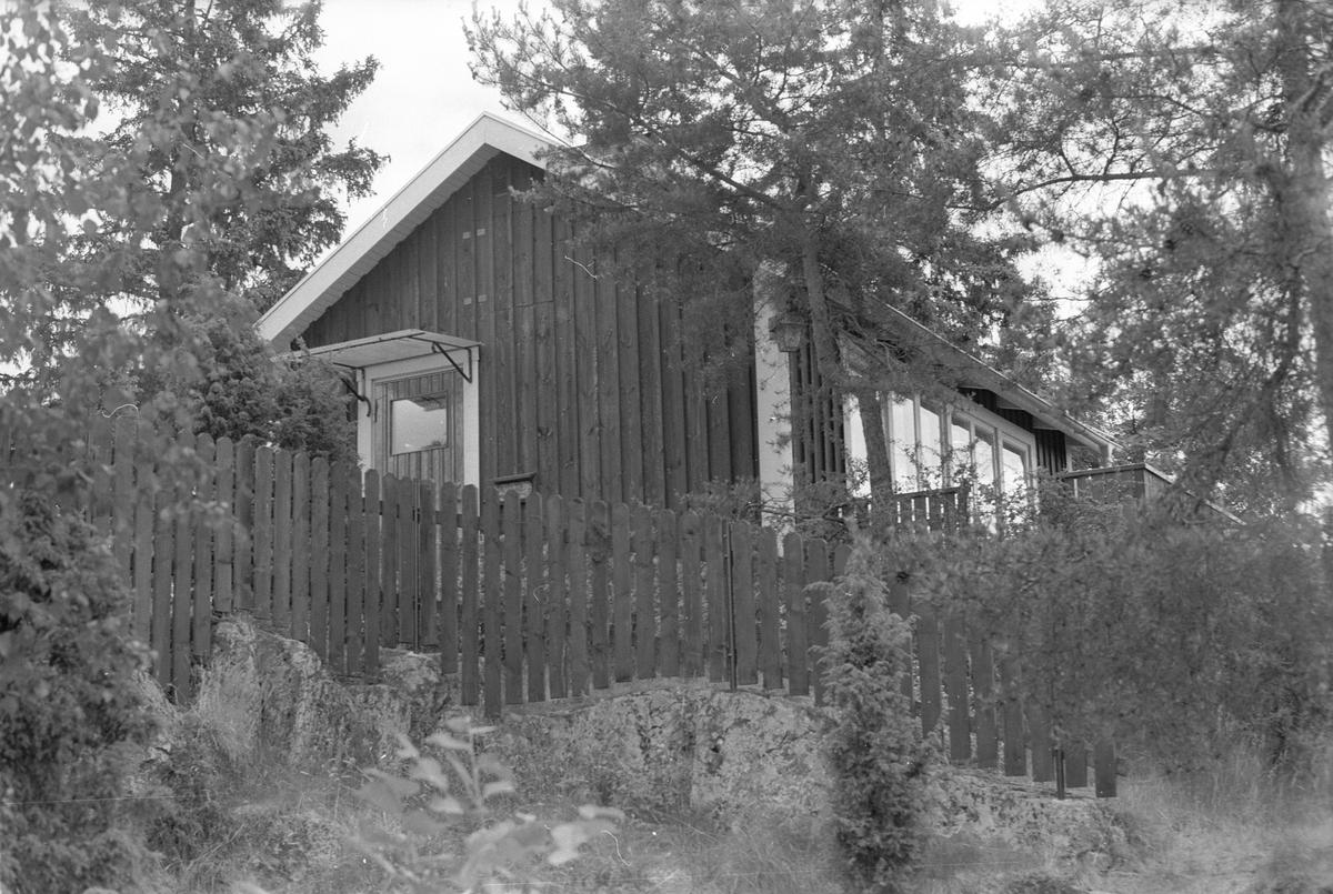 Sommarstuga, Västerby 5:2, Västerby, Läby socken, Uppland 1975