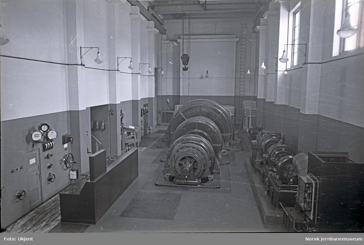 Turbinhallen i ukjent kraftverk