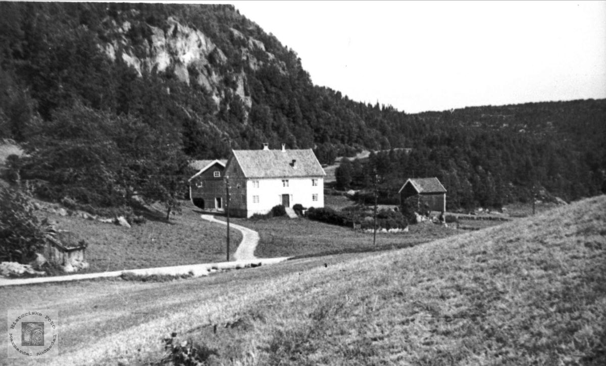 """Under heia"" på Bjerland, Bjelland"