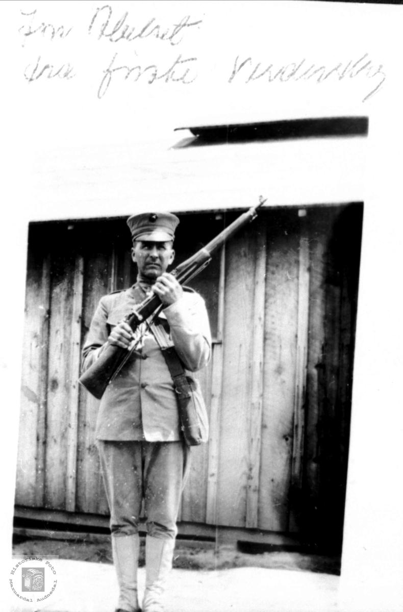 Portrett av Soldat John Abelset fra 1. verdenskrig, Bjelland.