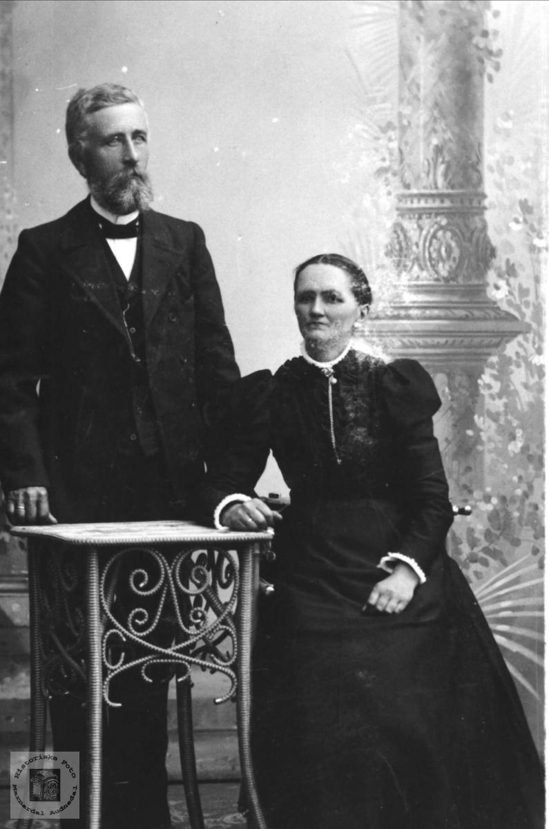 Ekteparet Kristen og Todne Øyslebø