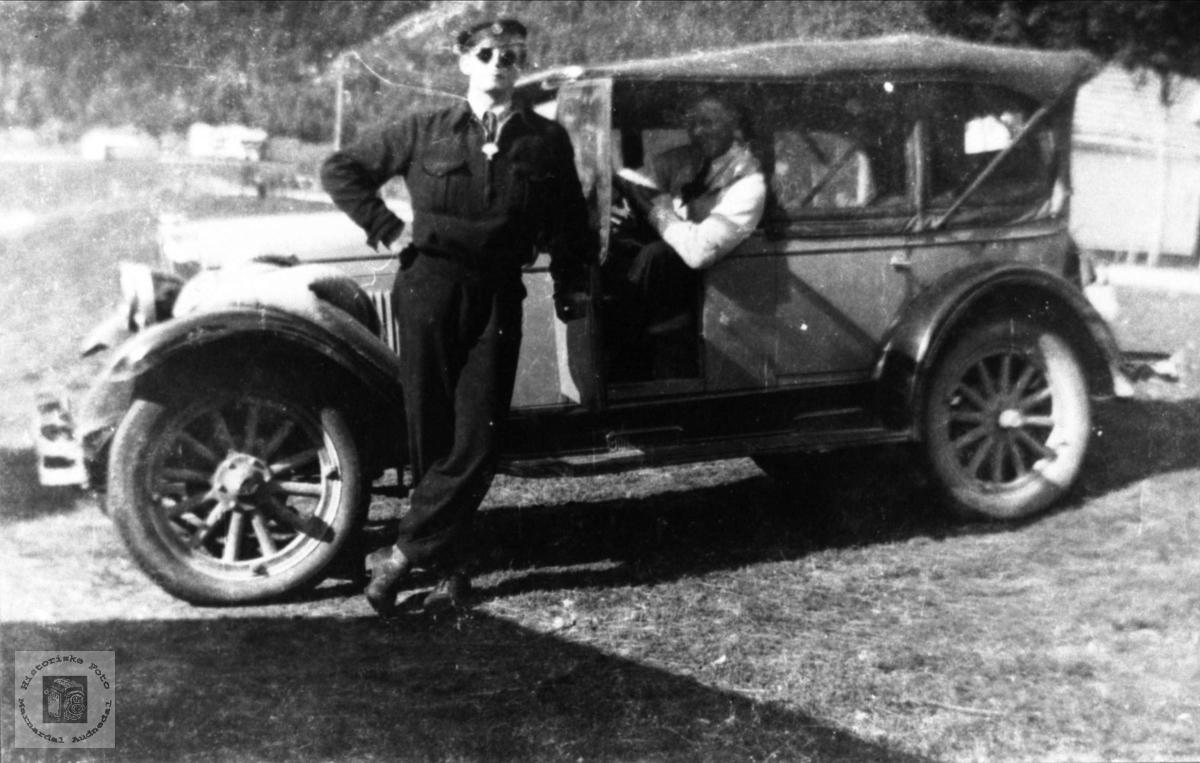 Automobil fra Øyslebø.
