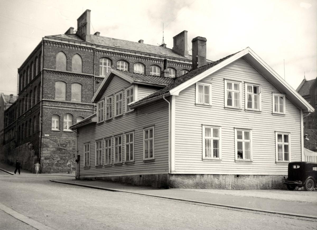 Byhus - Skole.