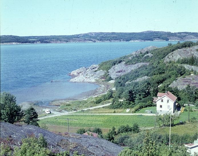 """Enligt AB Flygtrafik Bengtsfors: """"Bokenäs Jordfall Bohuslän""""."""