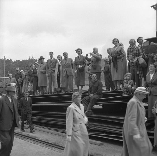 Dop och sjösättning av fartyget 133 T/T Josefina Thordén. Det var Sveriges första stora tanker.
