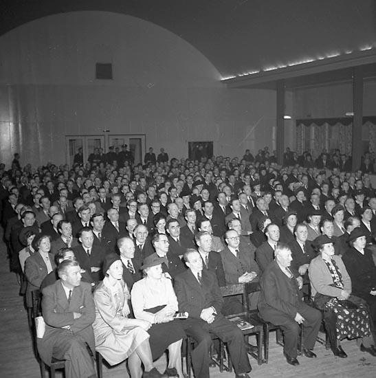 "Enligt notering: ""Vigforss i Kongresshallen 26/4 1947""."