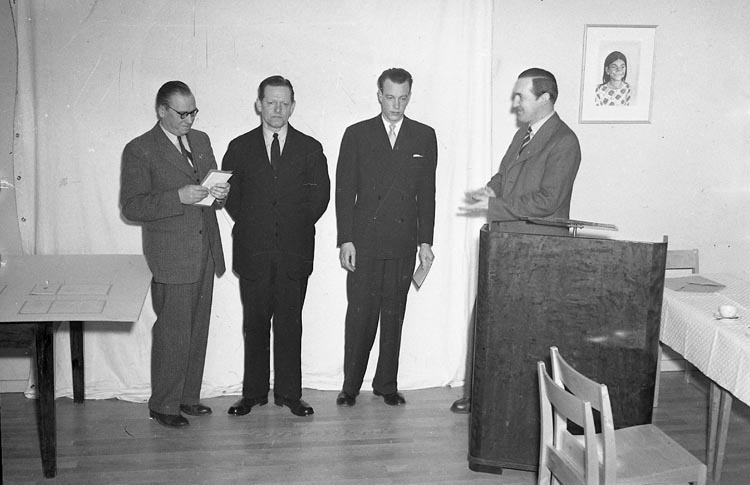 """Enligt notering: """"Faktorsförening Pristävling 27/4 1949""""."""