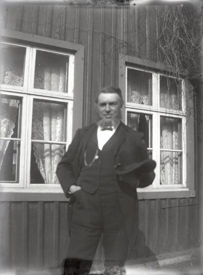 Alfred Lundberg, rådman och handlande i Marstrand