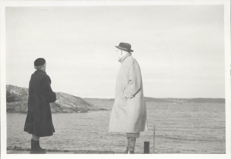 """Noterat på kortet: """"Backudden Koön Juldagen 1961."""" ::"""