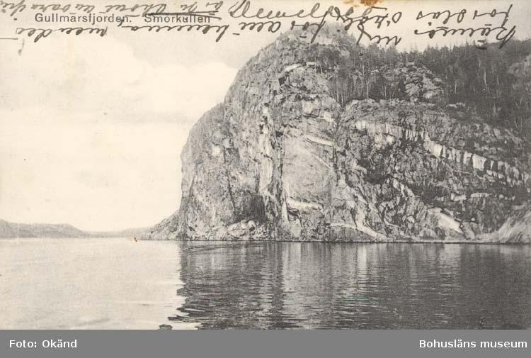 """Tryckt text på kortet: """"Gullmarsfjorden. Smörkullen."""" ::"""