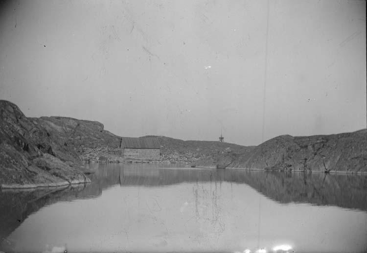 """Enligt text som medföljde bilden: """"Lysekil. Lassemyren 1899""""."""
