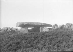 """Enligt text som medföljde bilden: """"Dyrhuset i Häggvall II d."""