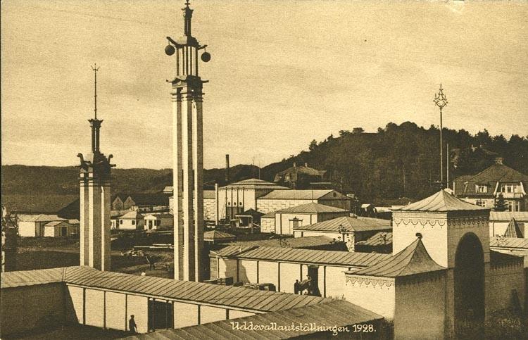 """Vykort från """"Uddevallautställningen 1928."""""""