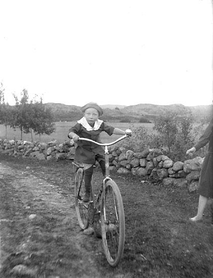 """Enligt notering: """"En liten cyklist, Sven Olsson, Vidingen""""."""
