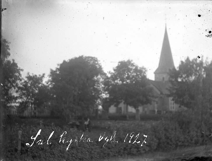 """Enligt text på fotot: """"Jul kyrka. Vgl 1927""""."""