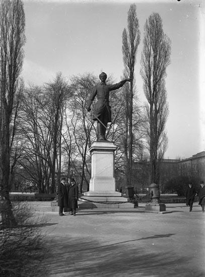 """Enligt fotografens noteringar: """"Karl d. 12 taget 1910 af Selma Sahlberg."""""""