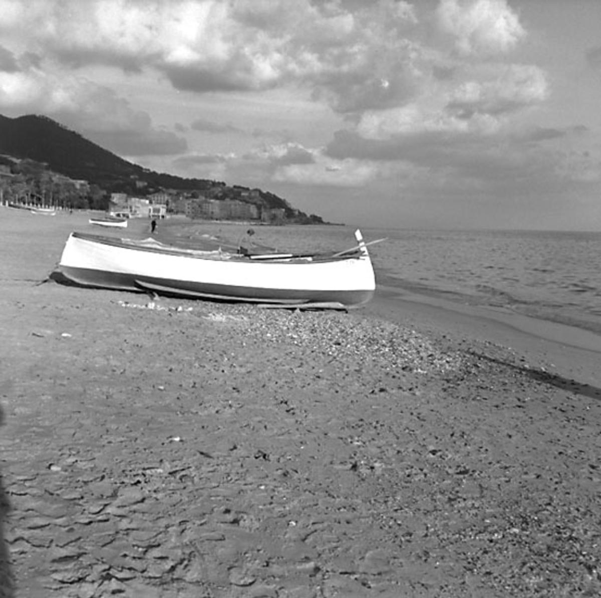 23. Italien. Fotojournal finns på B.M.A. + fotoalbum. Samtidigt förvärv: Böcker och arkivmaterial. Foton tagna 1959-11-04. 11 Bilder i serie.