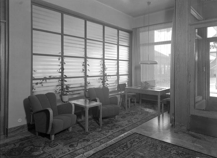 """Uppgift enligt fotografen: """"Uddevalla. Carlia interiör, hotellrum, invigningsdagen."""""""