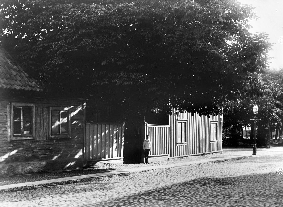 Gård vid Brunnsgatan & Kyrkogatan i Jönköping, dir J.E. Lundström.