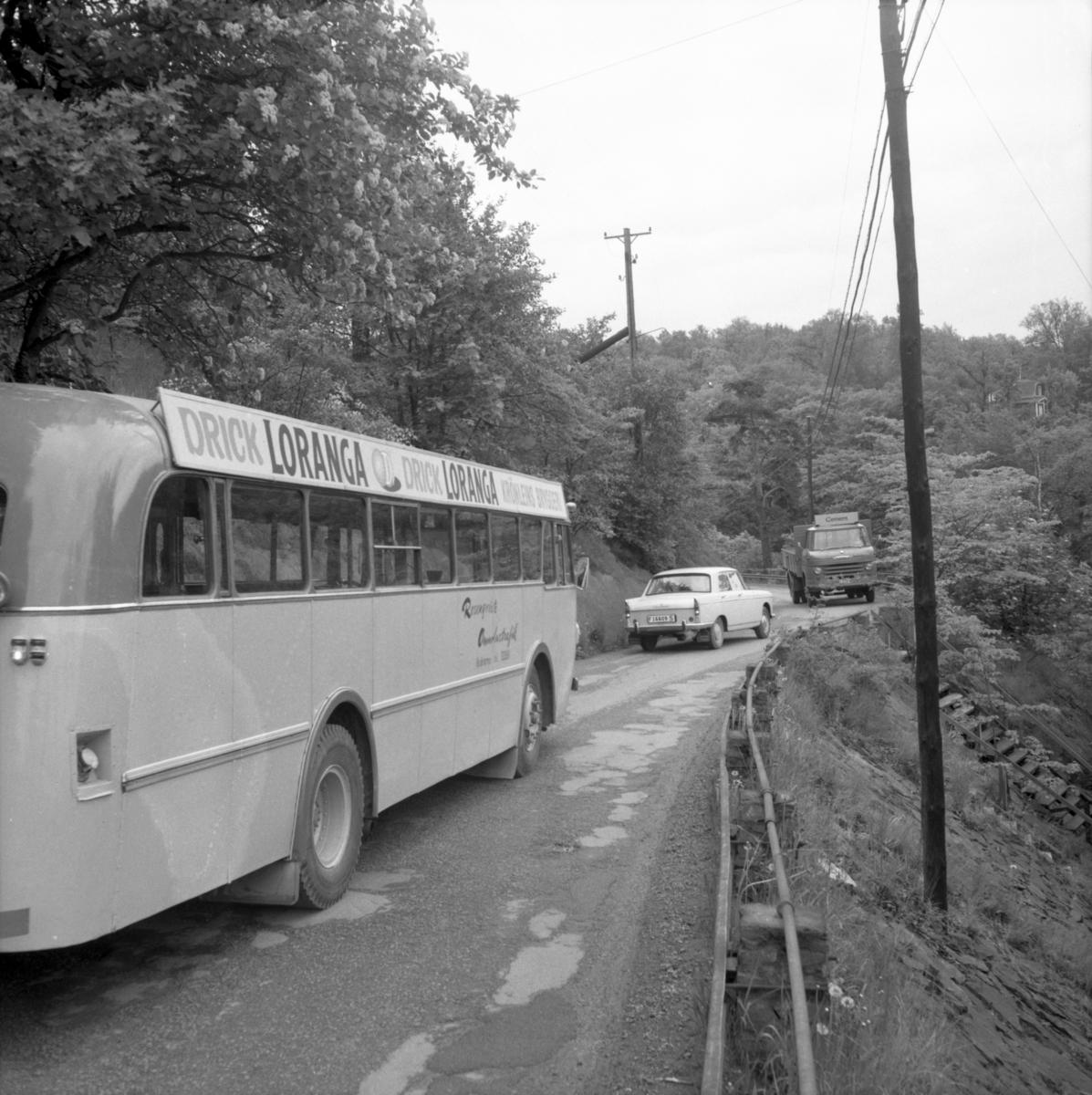 """En rosenqvist buss på väg nedför """"blindtarmen"""" vid Ådalsvägen i ..."""