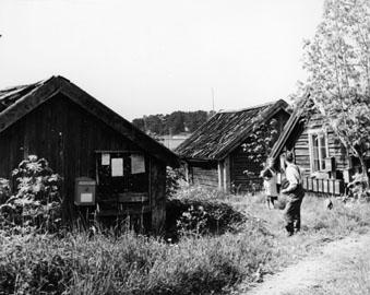 Brevlådsamling i idylliska Östra Lagnö.