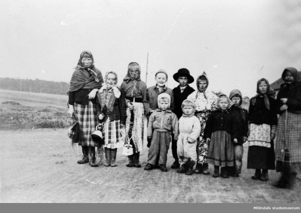 Påskkäringar på vägen, Anderstorp i Lindome. 1953.
