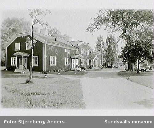 Vivstavarv - Herrgårdsbyggnad, flygelbyggnader, kapell i det f.d. spruthuset,, fiktivt pumphus innehållande elskåp