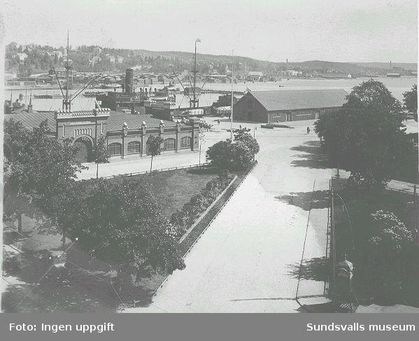 Vy över hamnen. En liten del av Järnvägsparken