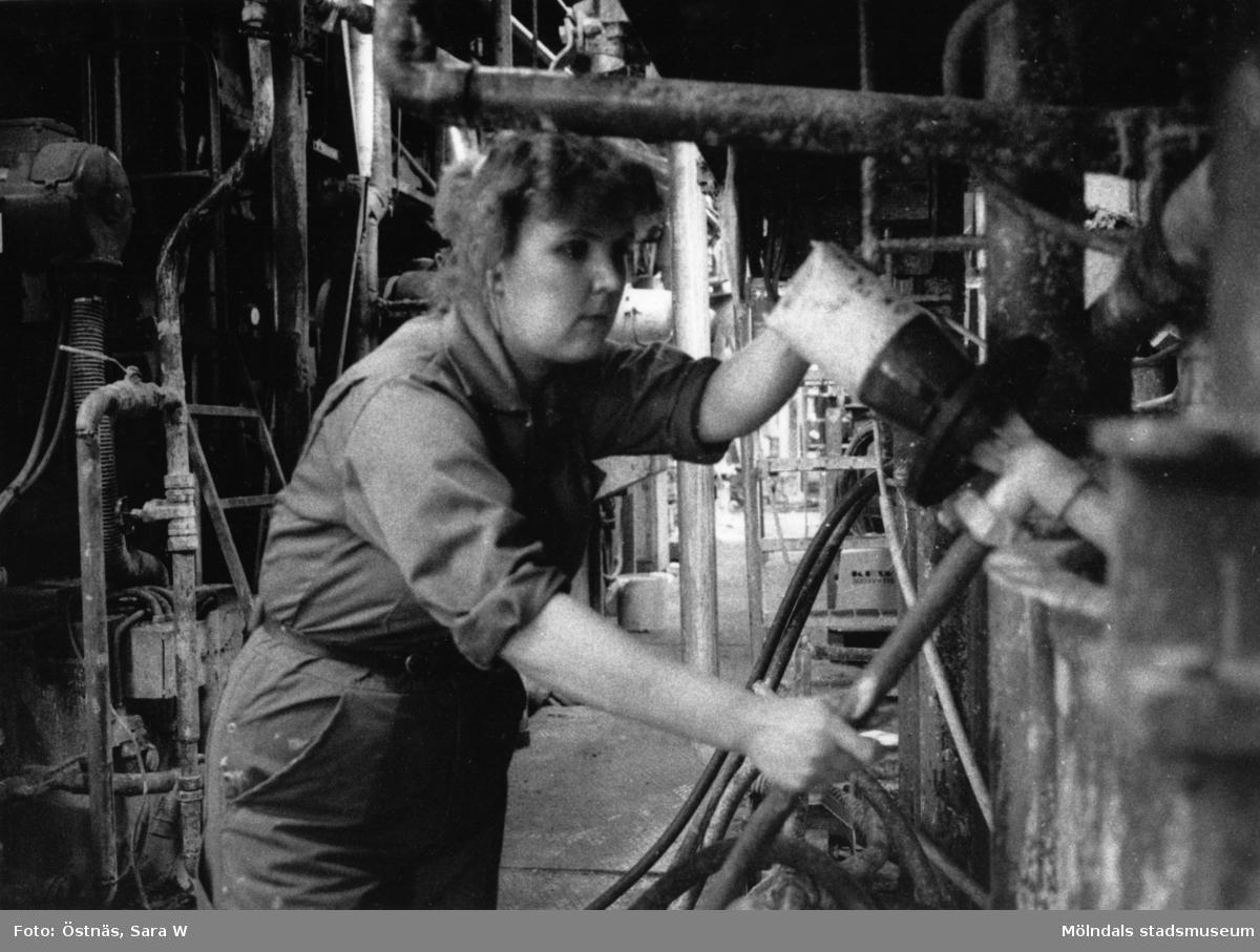 Anja Elki i arbete på Papyrus i Mölndal, år 1990.