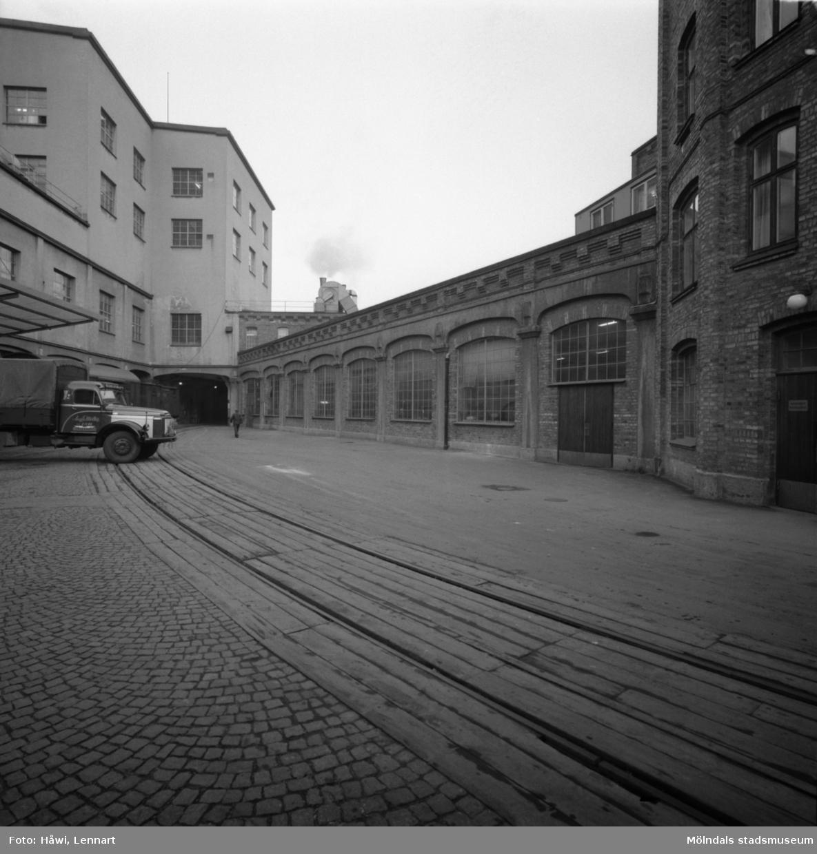 Byggnad nr 9,10 och 11 på Papyrus i Mölndal, 5/12 1963.