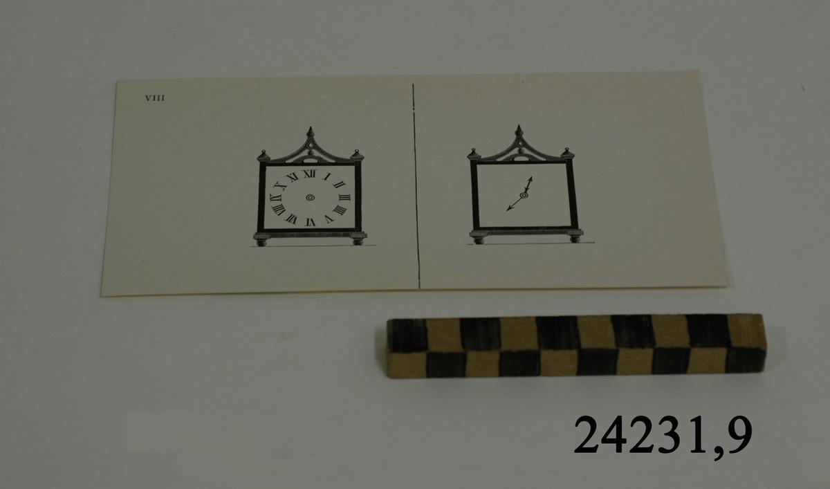 Rektangulärt vitt pappersark, numrerat VIII i övre vänstra hörnet. På arket syns två stycken olika bilder i svartvitt, en för vardera öga. Till vänster: Ett till formen kvadratiskt ur med romerska siffror. Till höger samma ur, men utan siffror, endast visare.