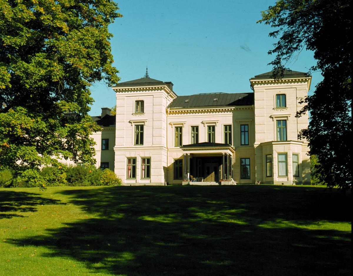 Huvudbyggnaden på Fånö slott, Löts socken, Uppland 1972