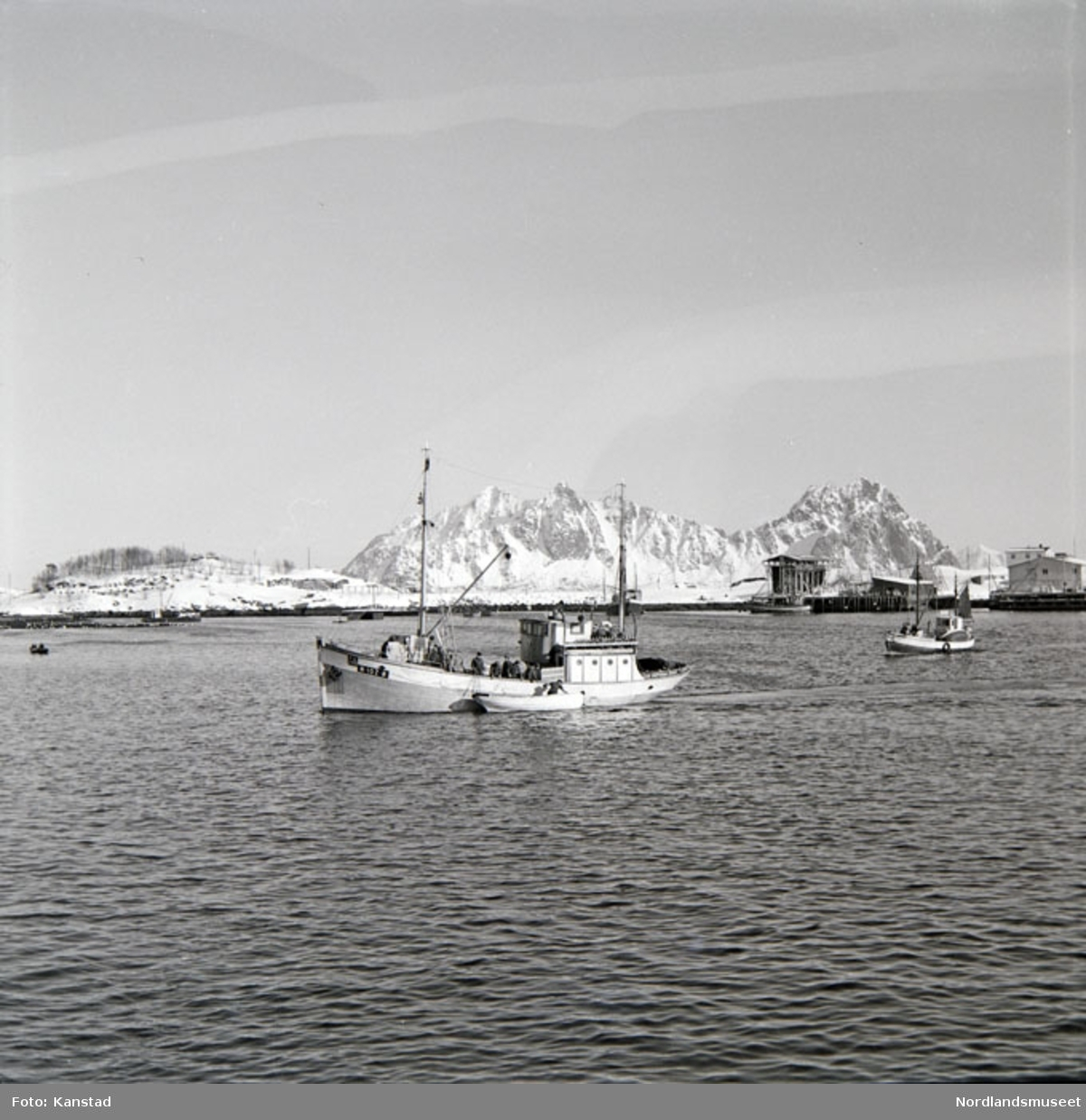 "N 107 Ø (Øksnes) Mk ""Vottestad"" i fgr."