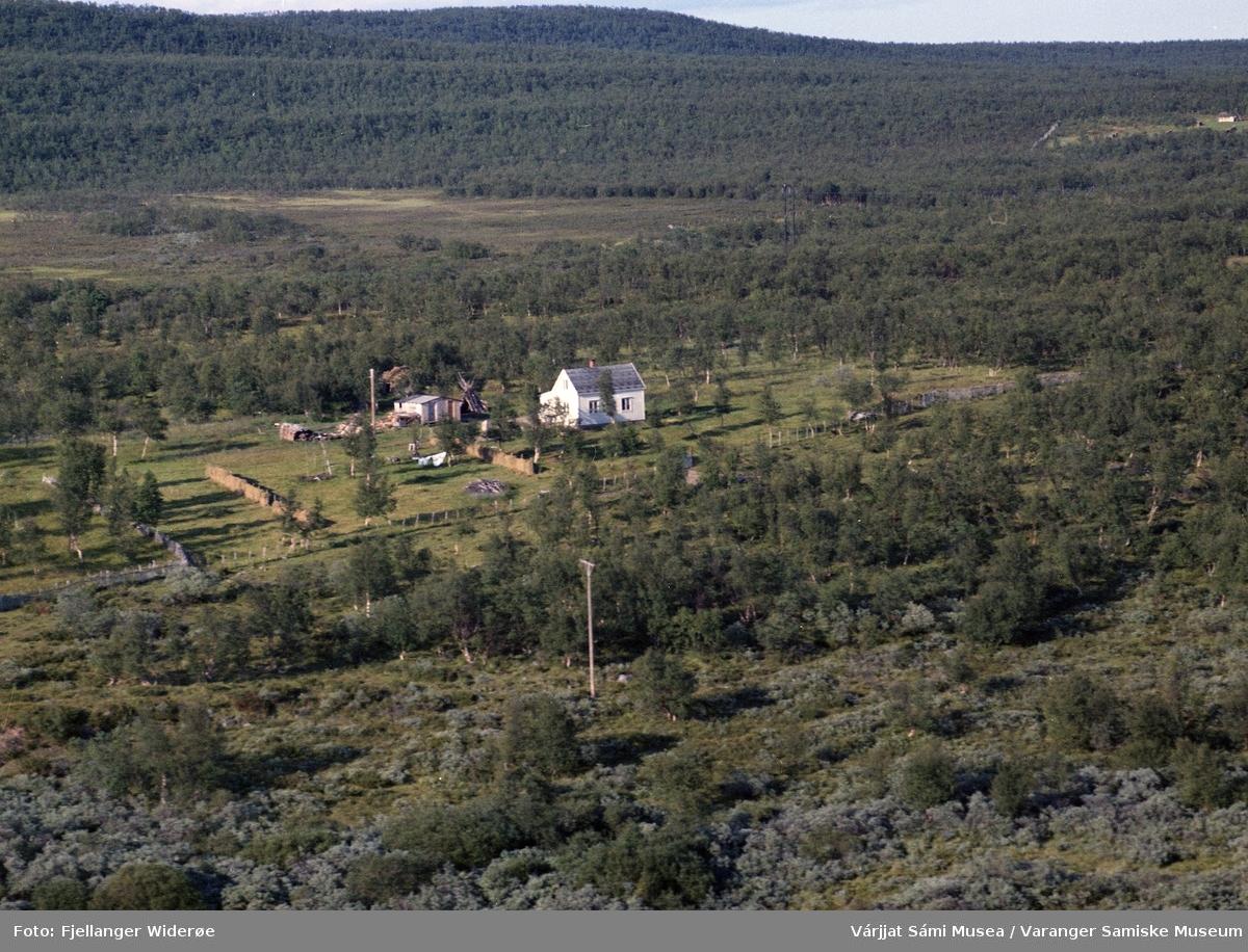Flyfoto av Giškanamjohka i Unjárgga gielda / Nesseby kommune, 1963.