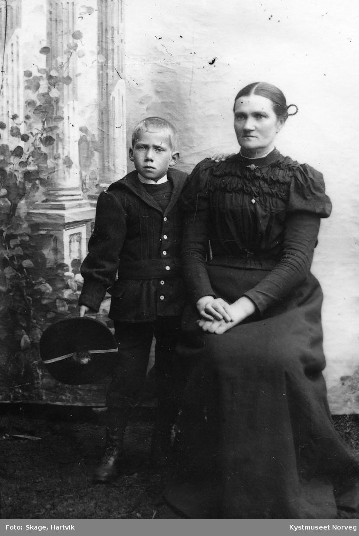 Kristine Olsen og sønn?